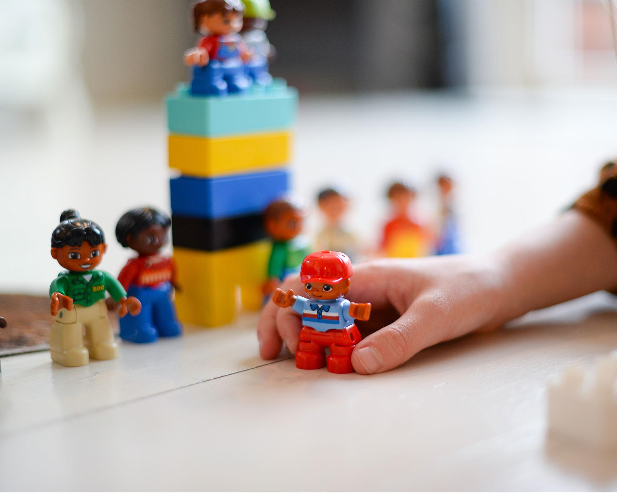 3a84528579 Beneficios de los juguetes didácticos